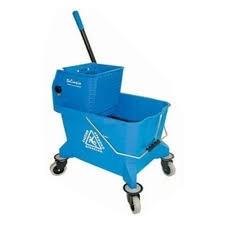 Balde Vega Azul Con Prensa 25 Lts. (7960b)